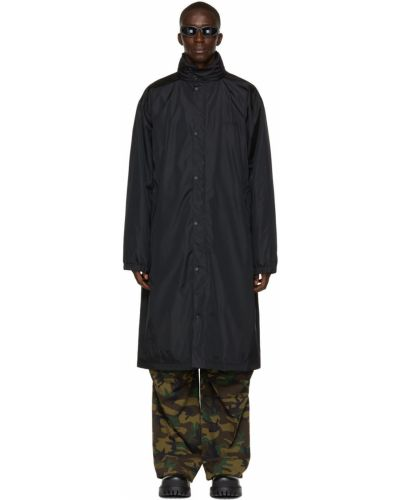 Satynowy czarny płaszcz przeciwdeszczowy z kapturem Balenciaga
