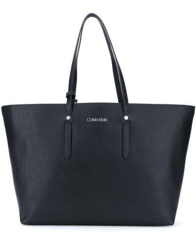 Кожаная сумка - черная Calvin Klein