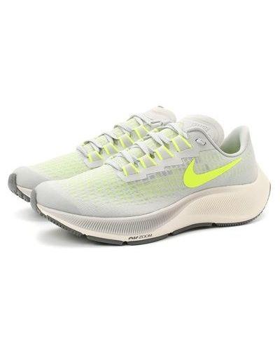 Серые кроссовки беговые для бега с сеткой Nike