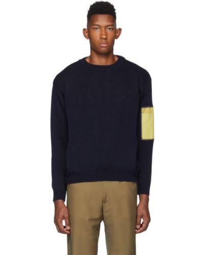 Żółty długi sweter wełniany z długimi rękawami Gr10k