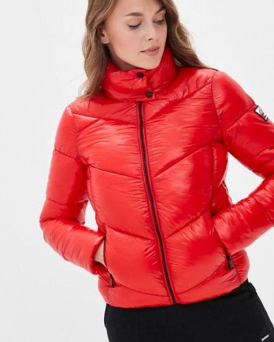 Красная зимняя куртка Superdry