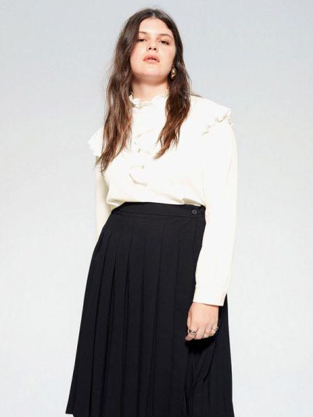 Блузка с рюшами белая Violeta By Mango