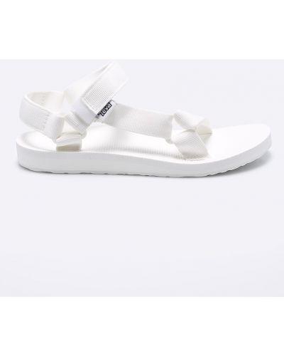 Белые сандалии текстильные Teva