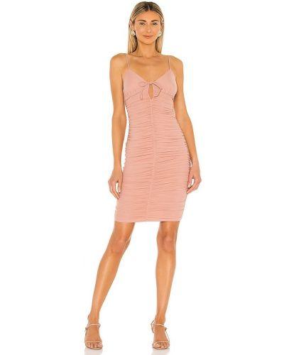 Светло-розовое платье с подкладкой с оборками Majorelle