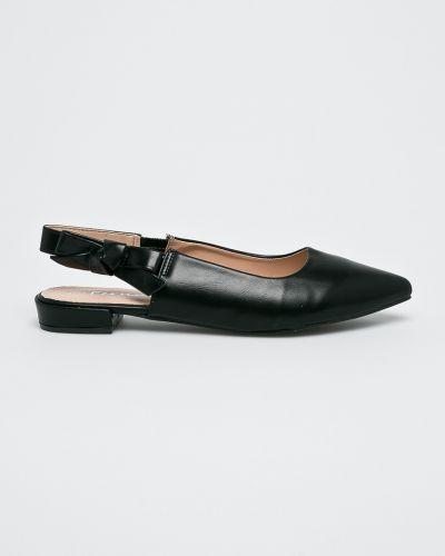 Черные балетки на каблуке Answear