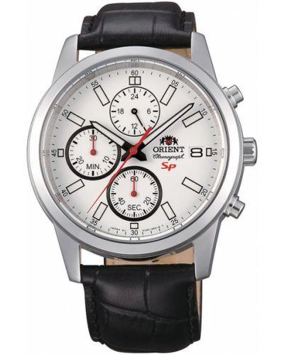 Часы водонепроницаемые с кожаным ремешком спортивные Orient