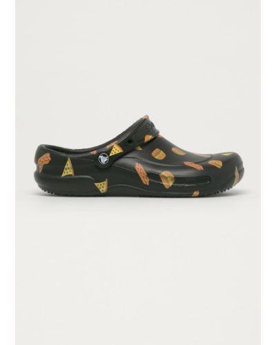 Czarne sandały na obcasie Crocs