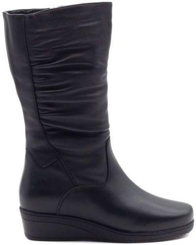 Кожаные сапоги - черные Baden