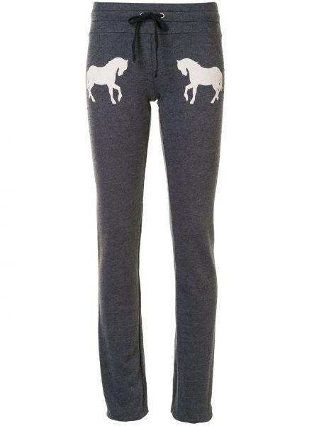 Серые спортивные брюки с завязками с вышивкой с поясом Wildfox