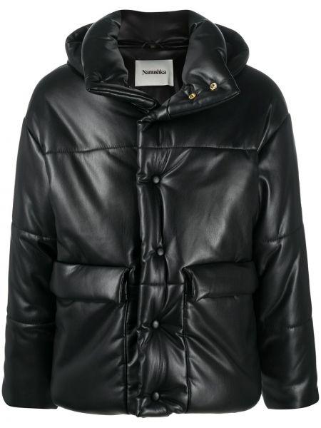 С рукавами черная длинная куртка с капюшоном Nanushka