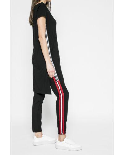 Черные зауженные брюки Answear