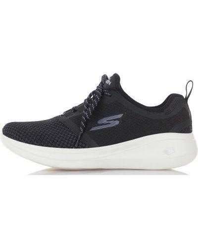 Кроссовки для бега на шнуровке мембранные Skechers