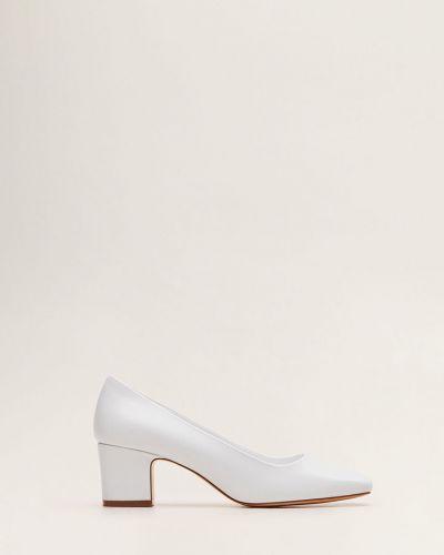 Кожаные туфли на каблуке Mango