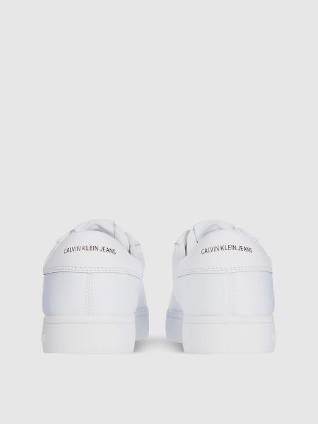 Белые низкие кеды Calvin Klein