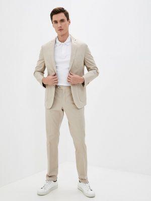 Бежевый костюм классический Primo Emporio