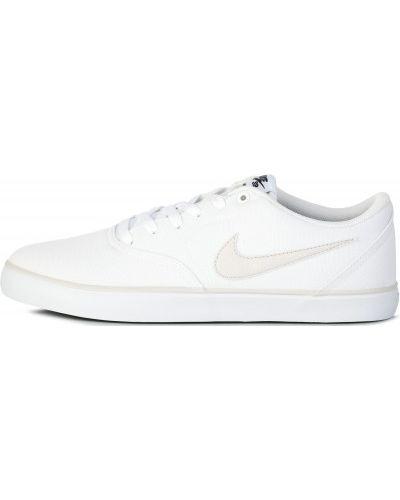 Кеды белые на шнуровке Nike