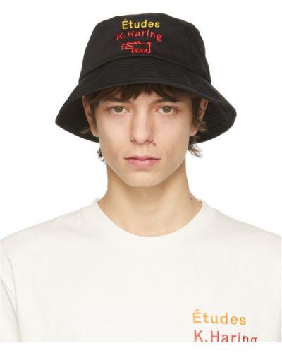 Хлопковая черная шапка с вышивкой études