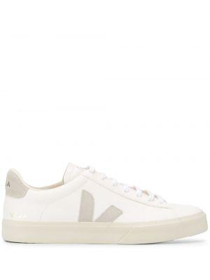 Белые кроссовки на каблуке на шнуровке круглые Veja
