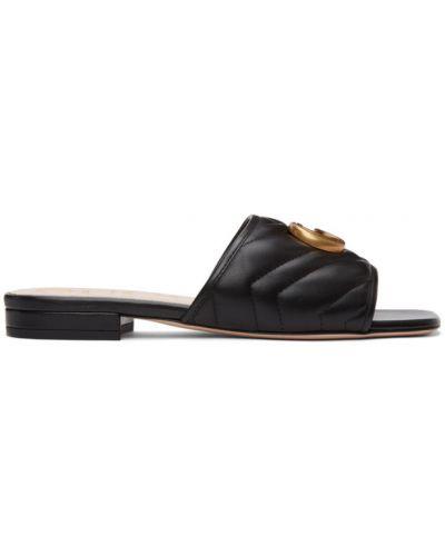 Czarne złote sandały pikowane Gucci