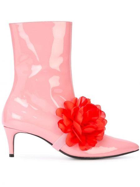 Розовые ботинки на каблуке на молнии Leandra Medine