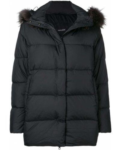 Куртка с капюшоном черная на молнии Duvetica