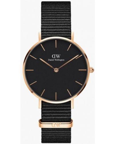 Часы черные Daniel Wellington