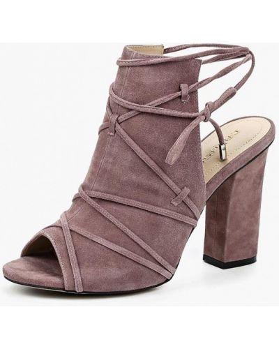 Босоножки на каблуке велюровые Calipso
