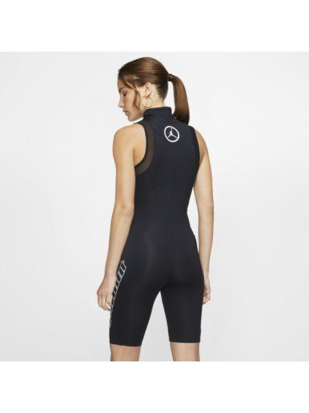 Sport body Nike
