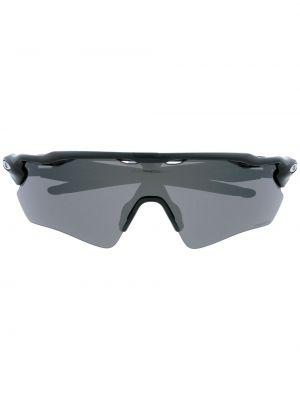 Солнцезащитные очки оверсайз - черные Oakley