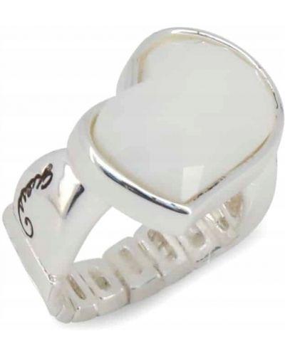 Szary pierścionek Guess