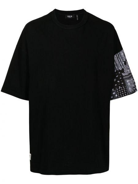 Черная футболка оверсайз с вырезом Five Cm