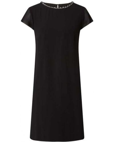 Czarna sukienka mini rozkloszowana z szyfonu Comma