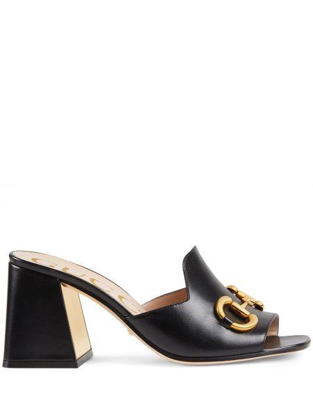 Czarne sandały skorzane na obcasie Gucci
