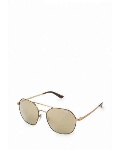 Солнцезащитные очки золотого цвета Vogue® Eyewear