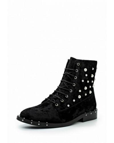 Черные ботинки на каблуке Bronx