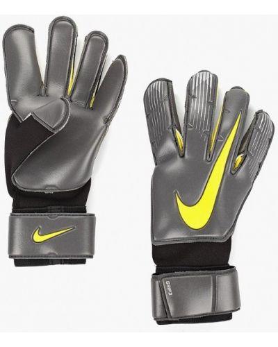 Перчатки черные весенние Nike