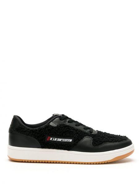 Черные кроссовки на шнуровке латексные à La Garçonne