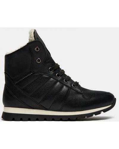 Спортивные черные кожаные кроссовки на шнуровке Ralf Ringer