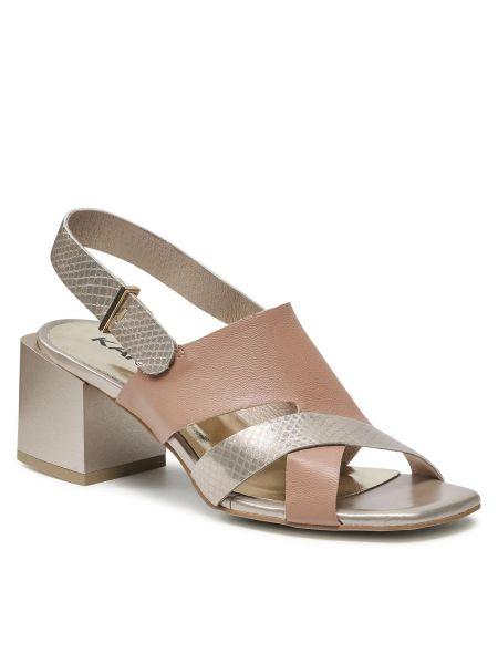 Beżowe sandały casual Karino