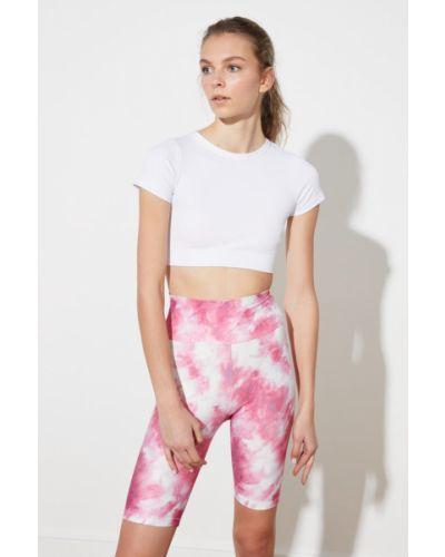 Różowe rajstopy Trendyol
