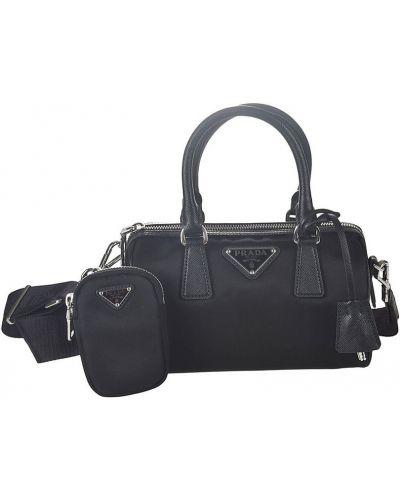 Czarna torebka z nylonu Prada
