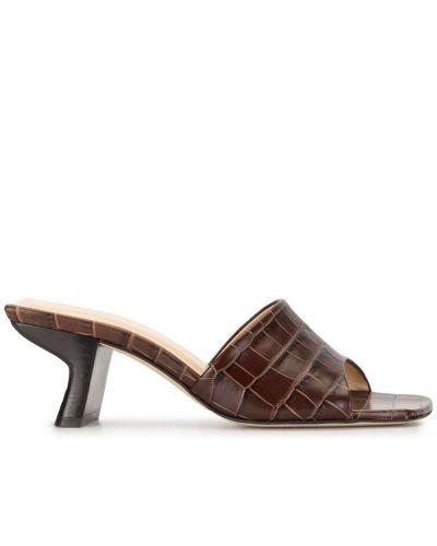 Кожаные коричневые мюли на каблуке квадратные By Far