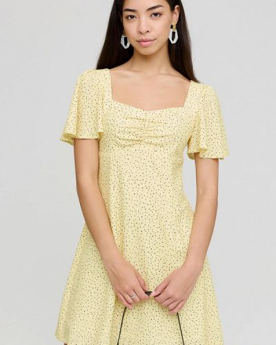 Желтое зимнее платье Cardo