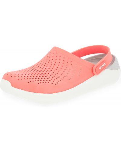 Оранжевые с ремешком пляжные сабо Crocs