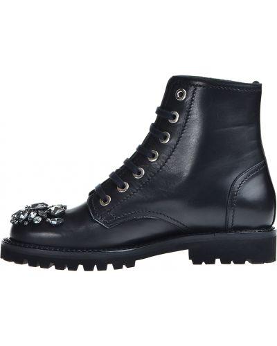 Ботинки на каблуке осенние кожаные Sebastian