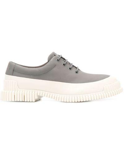 Туфли на шнуровке серые Camper