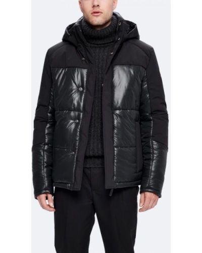 Утепленная куртка черная длинная Kanuk