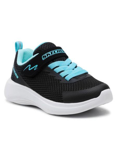 Czarne joggery Skechers