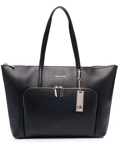 Черная сумка из полиуретана Calvin Klein