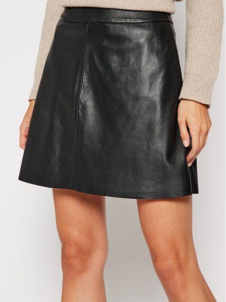 Czarna spódnica skórzana Lamarque